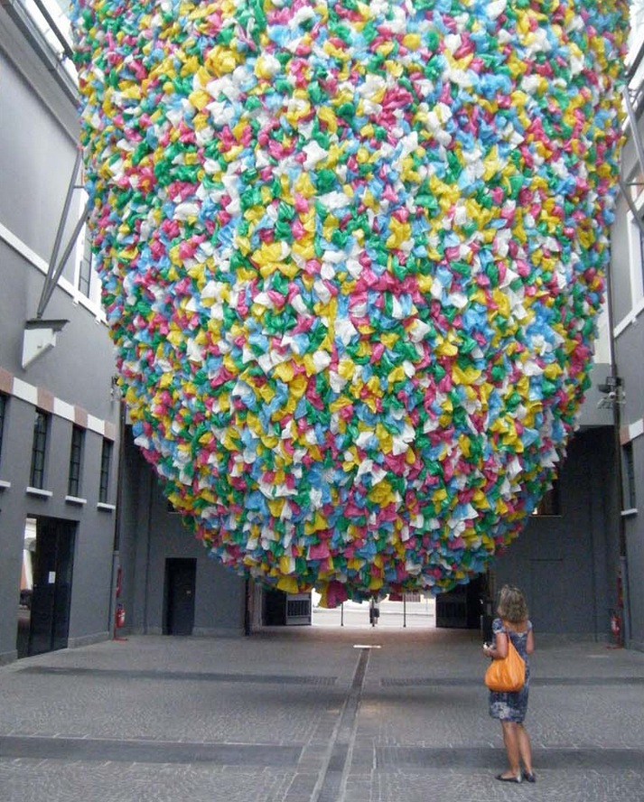 Plastic-Bags-Installation2