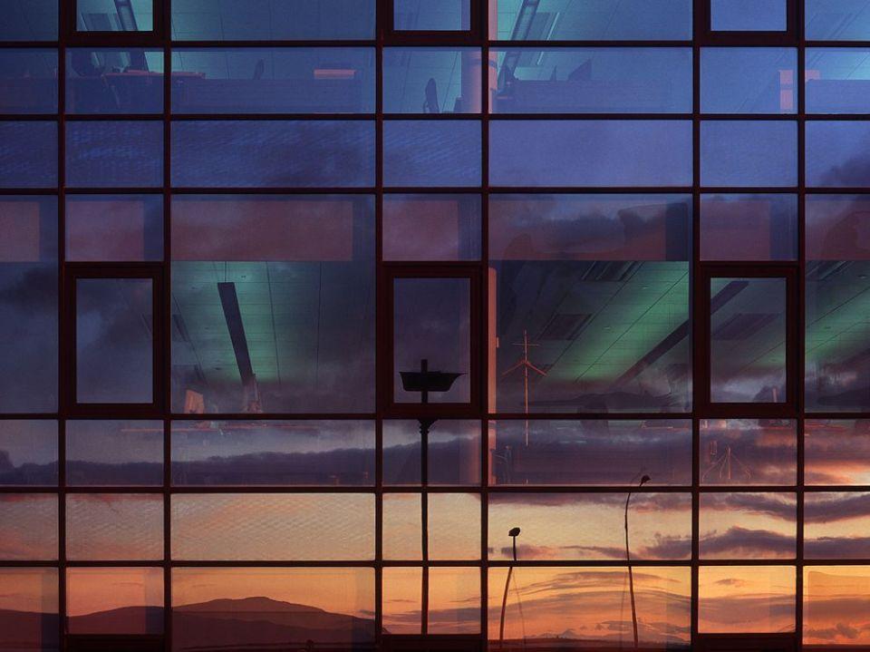 sunset-reflection-iceland_68270_990x742
