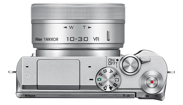 Nikon-1-J5-alto